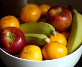Bowl of fruit