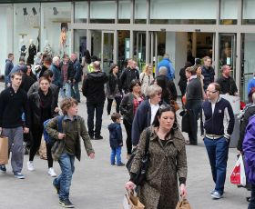 Shoppers on the highstreet