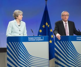 Theresa May and Jean Claude Juncker